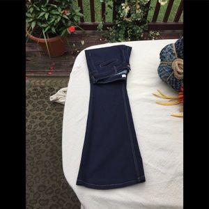 Denim - Wide Leg/Flared Jeans - EXCELLENT!